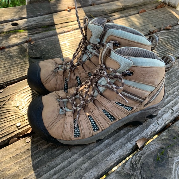 Keen Shoes | Womens Hiking Boots With